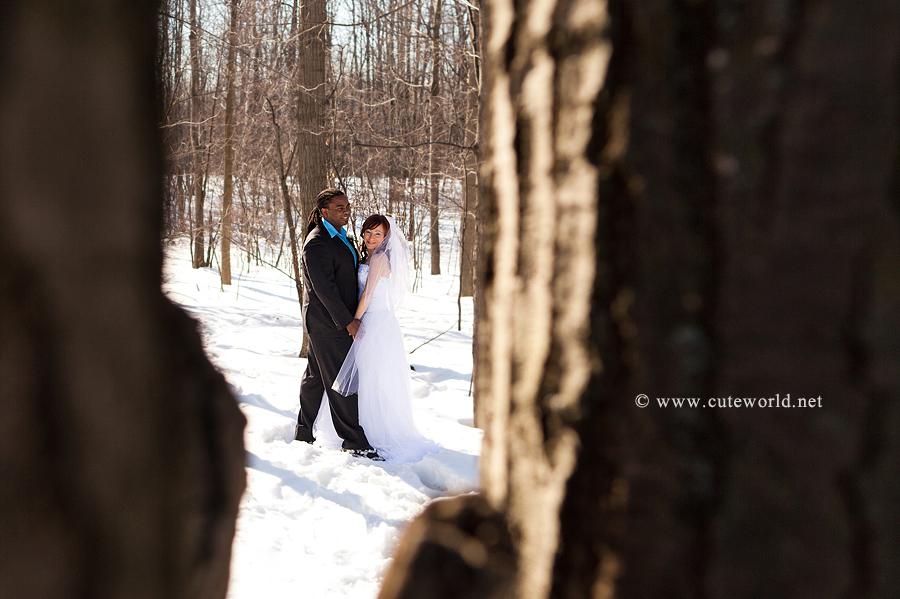 photographe mariage montréal couple amoureux neige